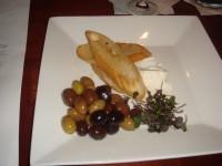 Criolla's olives